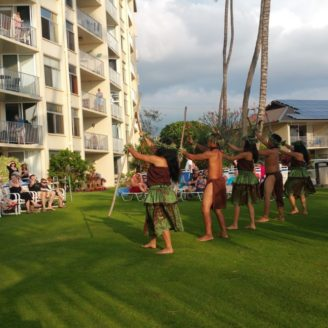 Hawaii-Luau-Company-beachinhawaii
