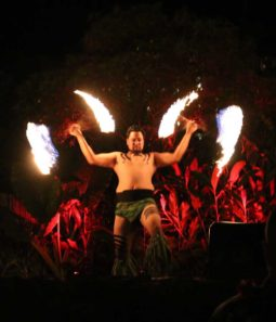 Hawaii-Luau-Company-dancefire