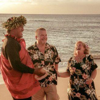 Hawaii-Luau-Company-weddingeventhawaii
