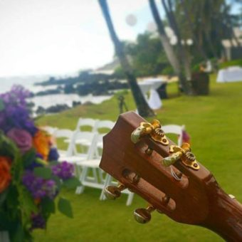 Hawaii-Luau-Company-weddingguitar