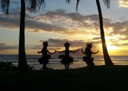 Hawaii-Luau-Company-dancesunset